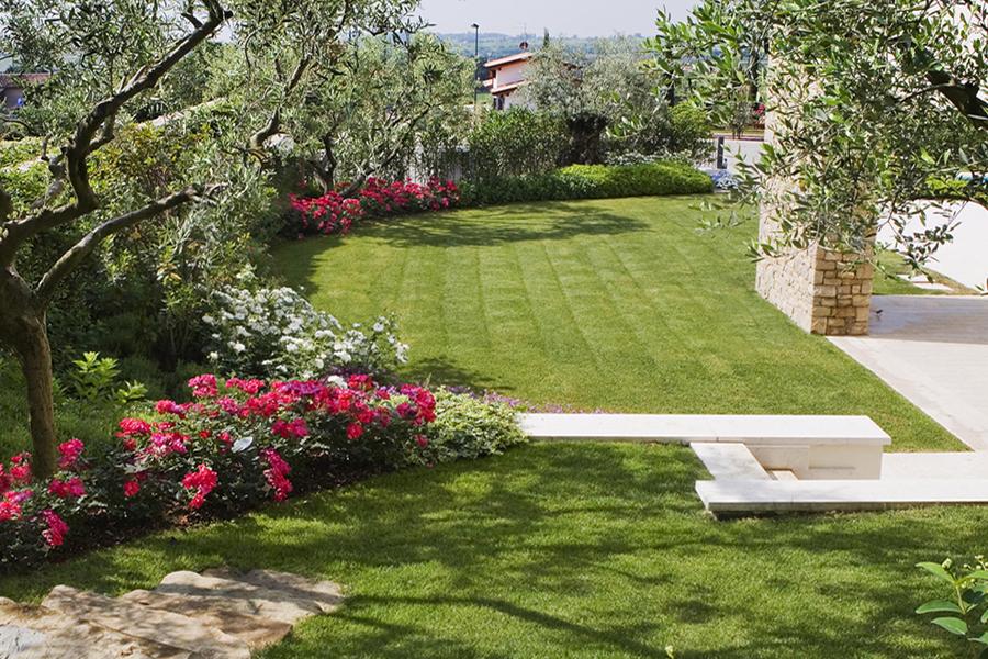 Top Realizzazione giardini privati Verona. - Fontana l'arte del verde EG63
