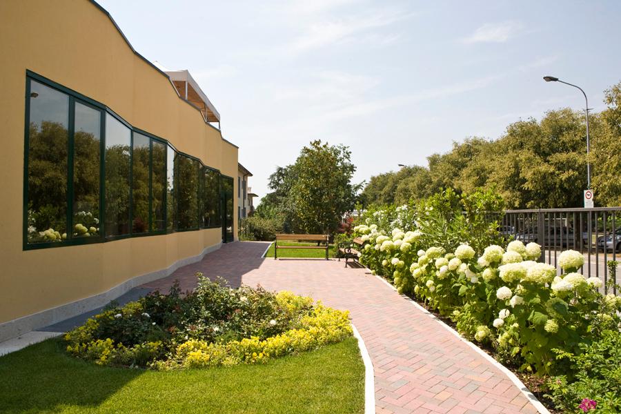 realizzazione giardini verona casamia idea di immagine