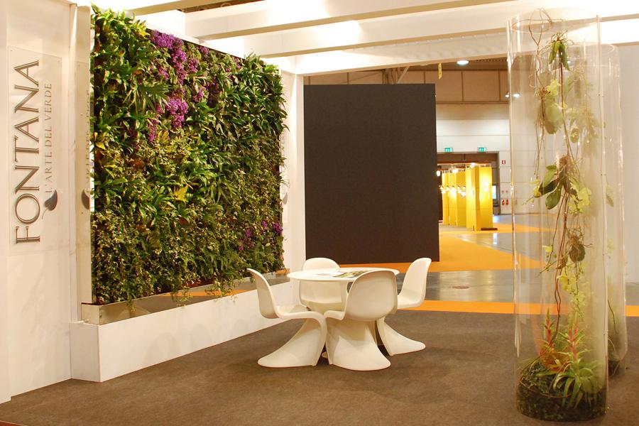 Realizzazione giardini verticali e per interni verona.   fontana l ...